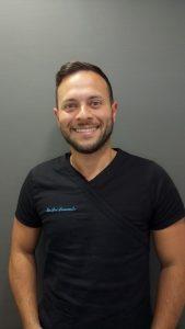 leo-lomanto-po-clinic-clinica-dental-estetica-valencia